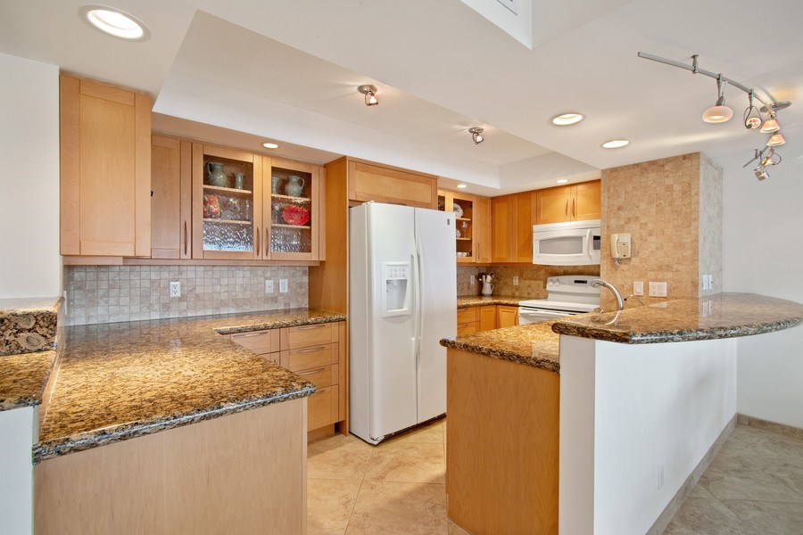 Real Estate Photography - 2100 S Ocean dr, 11E, Fort Lauderdale, FL, 33316 - Kitchen