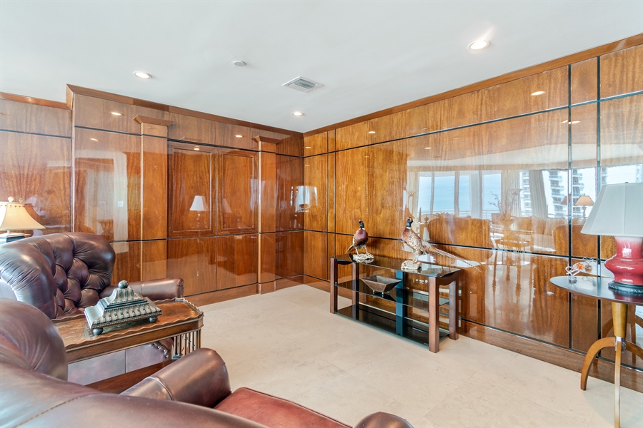 Real Estate Photography - 1700 S Ocean Blvd, Unit 18A, Pompano Beach, FL, 33062 - Family Room