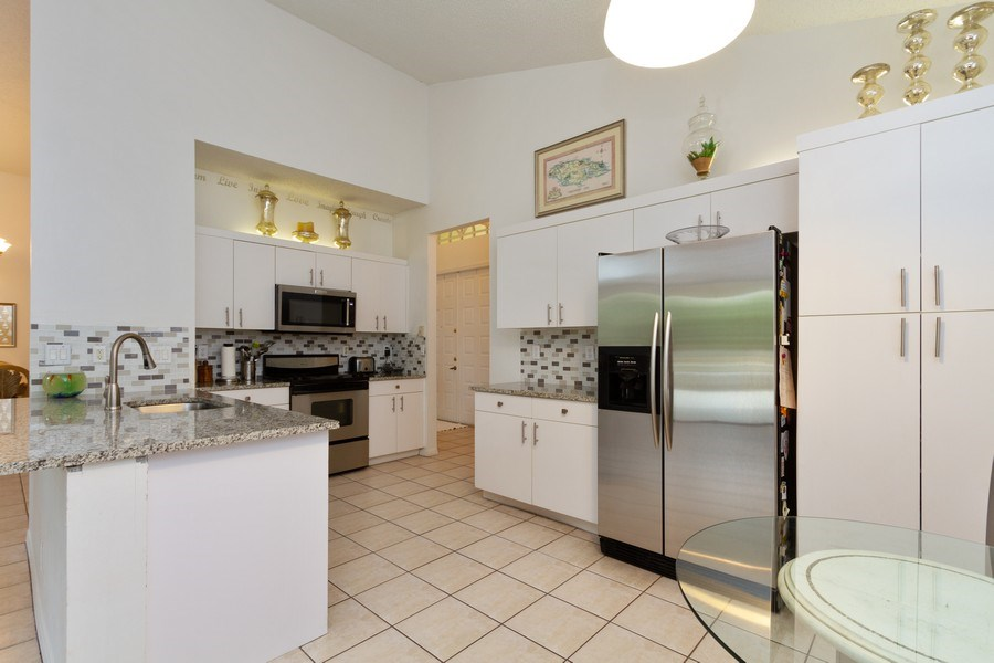 Real Estate Photography - 6337 NW 78th Dr, Parkland, FL, 33067 - Kitchen