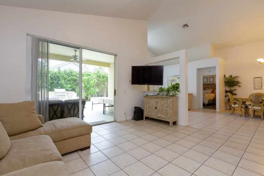 Real Estate Photography - 6337 NW 78th Dr, Parkland, FL, 33067 - Family Room