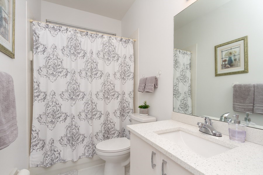 Real Estate Photography - 6337 NW 78th Dr, Parkland, FL, 33067 - 2nd Bathroom