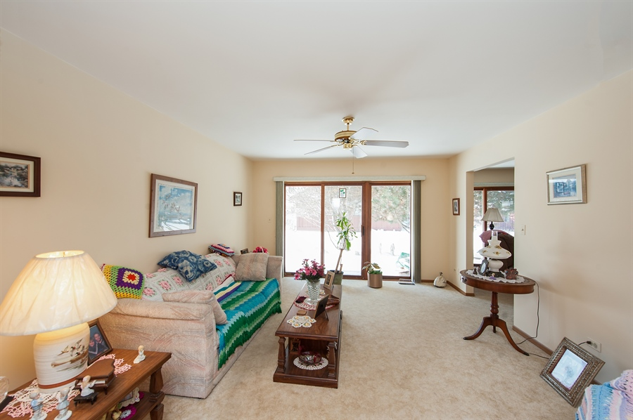 Real Estate Photography - 39866 N Crabapple Dr, Antioch, IL, 60002 - Living Room
