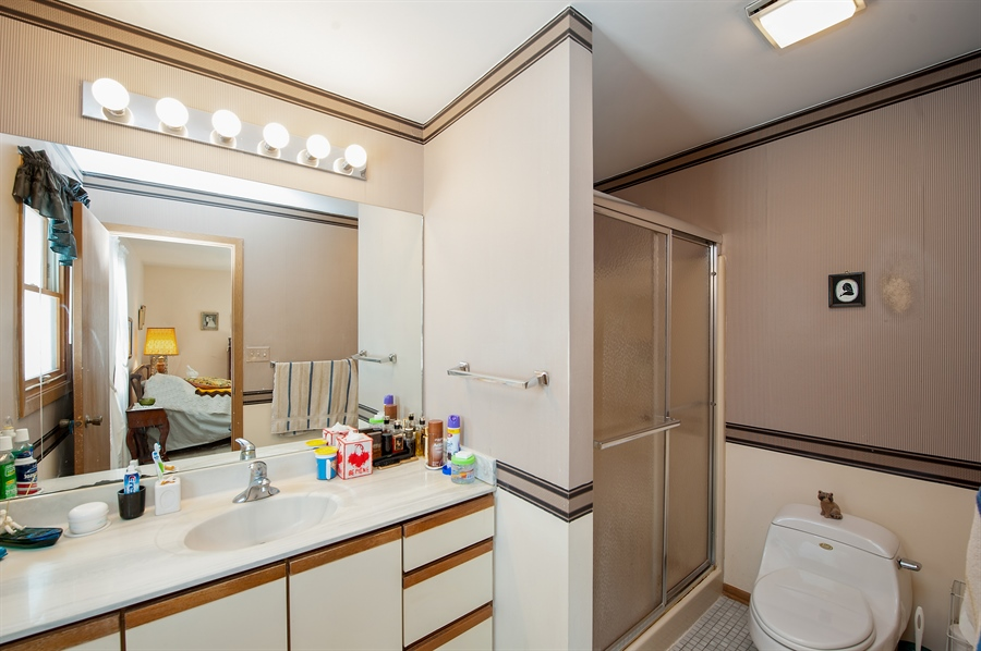 Real Estate Photography - 39866 N Crabapple Dr, Antioch, IL, 60002 - Master Bathroom