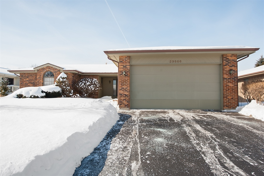 Real Estate Photography - 39866 N Crabapple Dr, Antioch, IL, 60002 - Front View