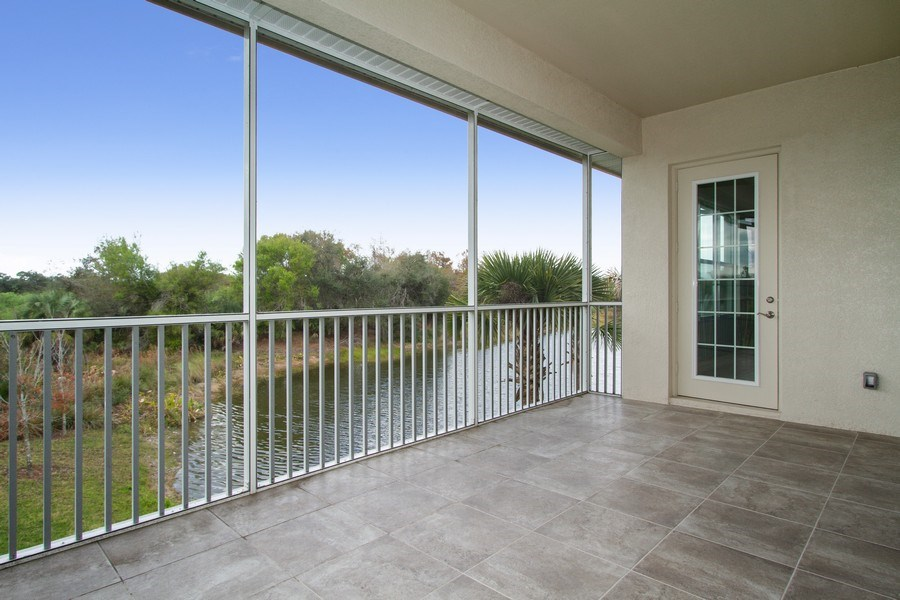 Real Estate Photography - 7801 Hawthorne Dr, Unit 2703, Naples, FL, 34113 - Patio