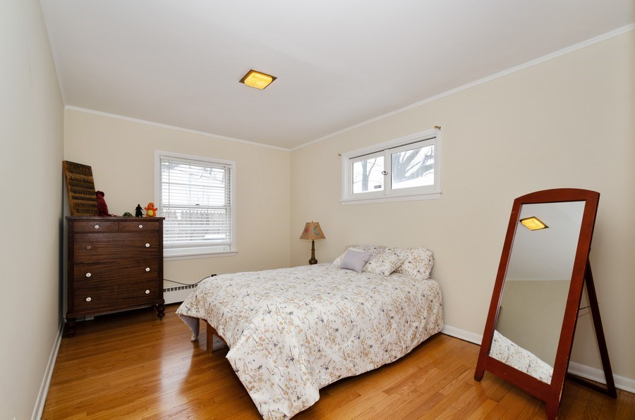 Real Estate Photography - 3306 Hayes Street, Evanston, IL, 60202 - 2nd Bedroom