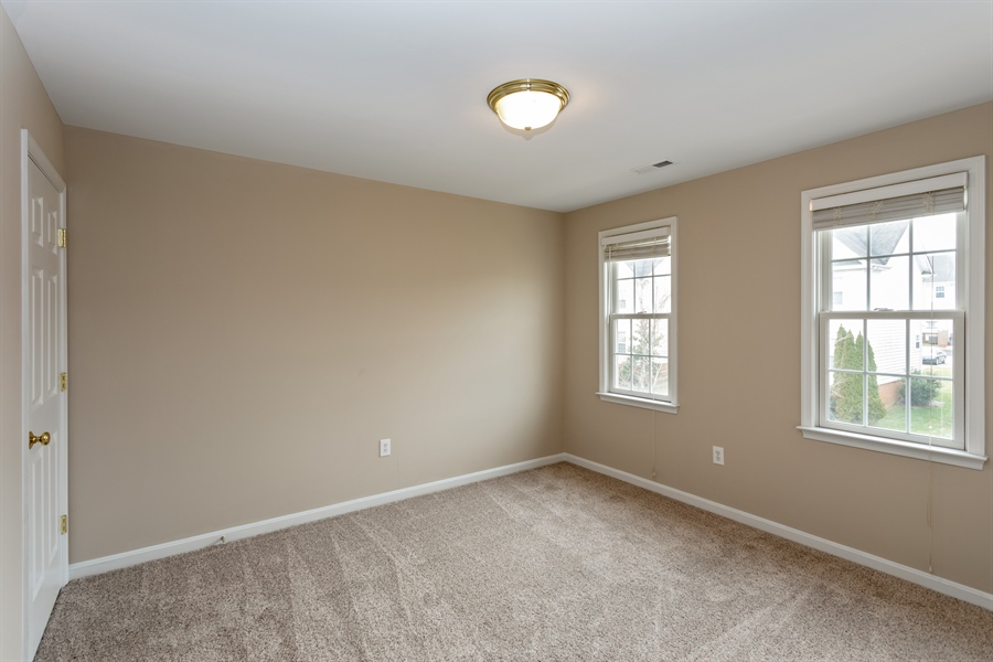 Real Estate Photography - 17275 EASTER LILY MEWS, RUTHER GLEN, VA, 22546 -