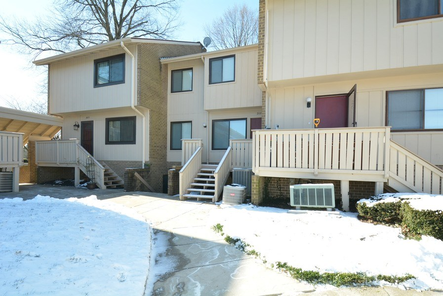 Real Estate Photography - 2689 Glengyle Dr, Unit 33, Vienna, VA, 22181 - Front View