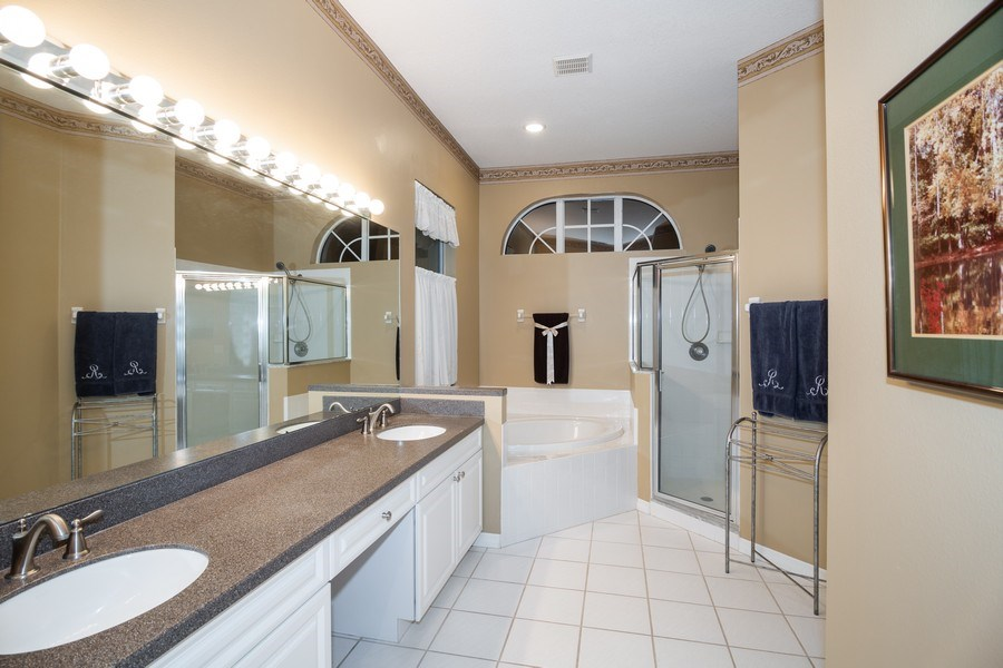 Real Estate Photography - 3525 Shadowood Dr, Valrico, FL, 33596 - Master Bathroom