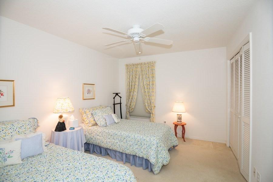 Real Estate Photography - 3525 Shadowood Dr, Valrico, FL, 33596 - 2nd Bedroom