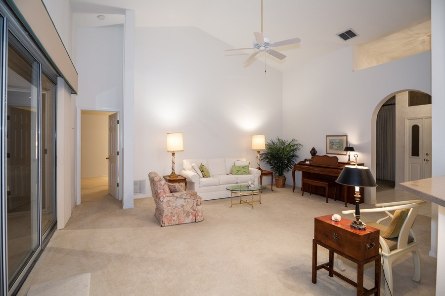 Real Estate Photography - 3525 Shadowood Dr, Valrico, FL, 33596 - Family Room