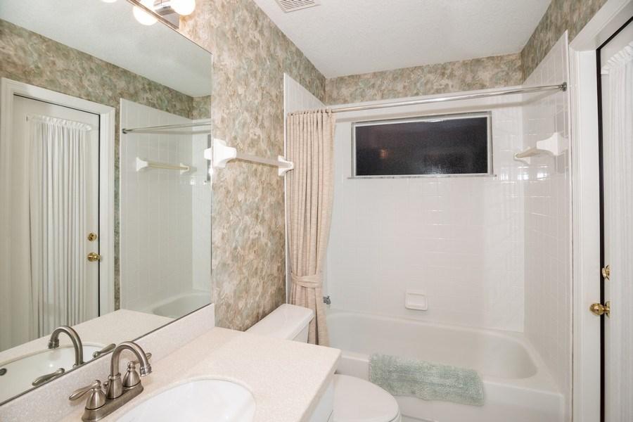 Real Estate Photography - 3525 Shadowood Dr, Valrico, FL, 33596 - 2nd Bathroom