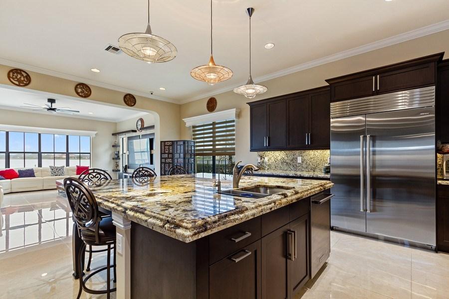 Real Estate Photography - 8745 E Watercress Ct, Parkland, FL, 33076 - Kitchen