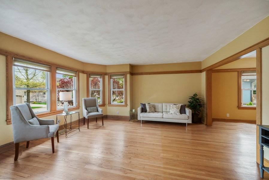 Real Estate Photography - 220 N Oak, Elmhurst, IL, 60126 - Living Room