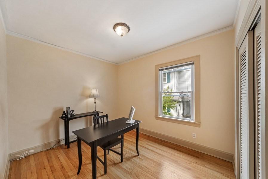 Real Estate Photography - 220 N Oak, Elmhurst, IL, 60126 - 2nd Bedroom