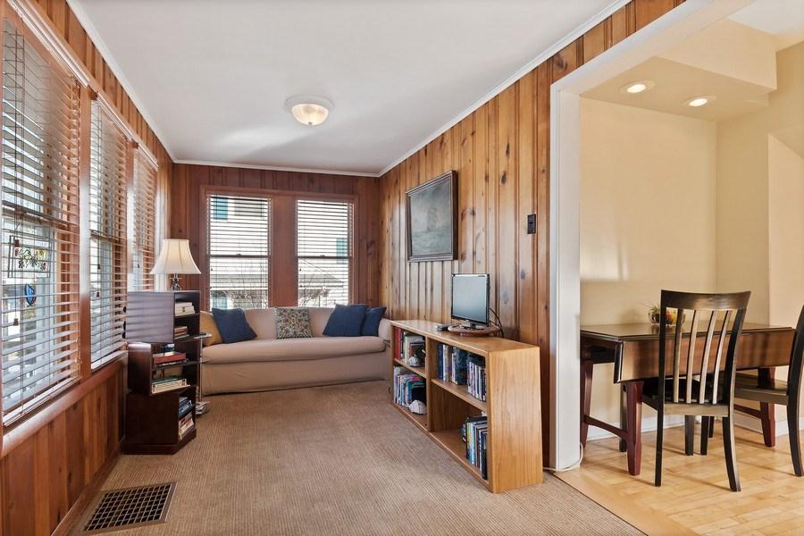 Real Estate Photography - 220 N Oak, Elmhurst, IL, 60126 - Sunroom