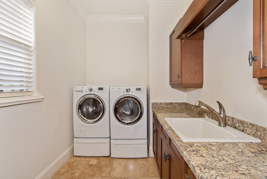 Real Estate Photography - 150 E Rockwood Way, Winter Park, FL, 32789 - Laundry Room