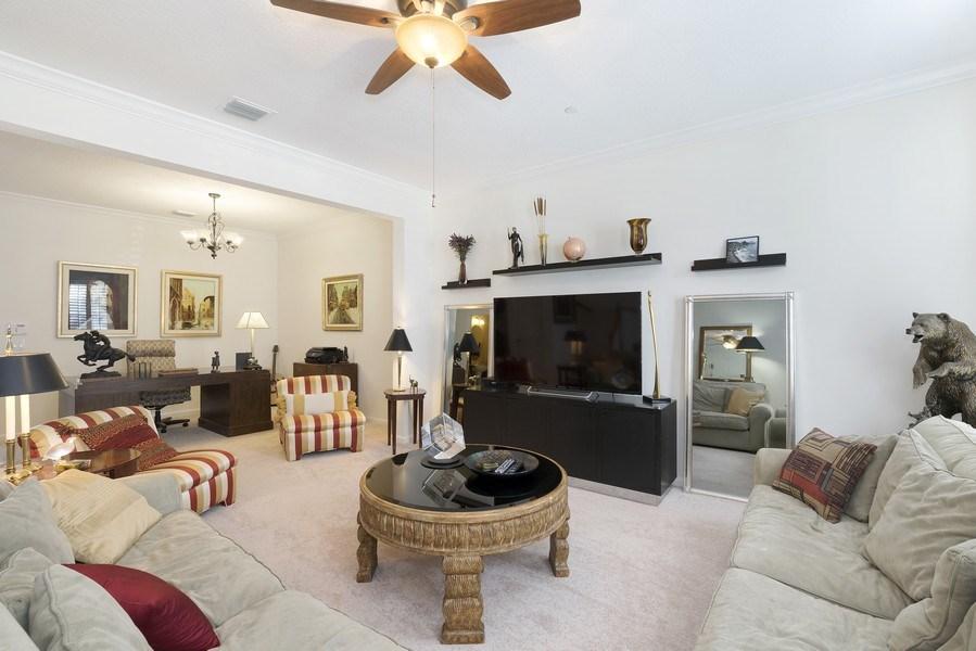 Real Estate Photography - 4331 Corrine Rd, Orlando, FL, 32814 - Living Room