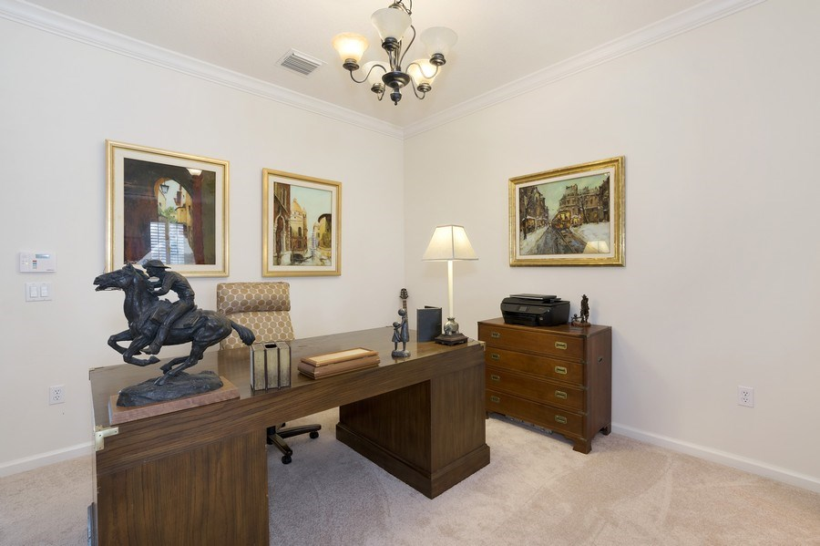 Real Estate Photography - 4331 Corrine Rd, Orlando, FL, 32814 - Office