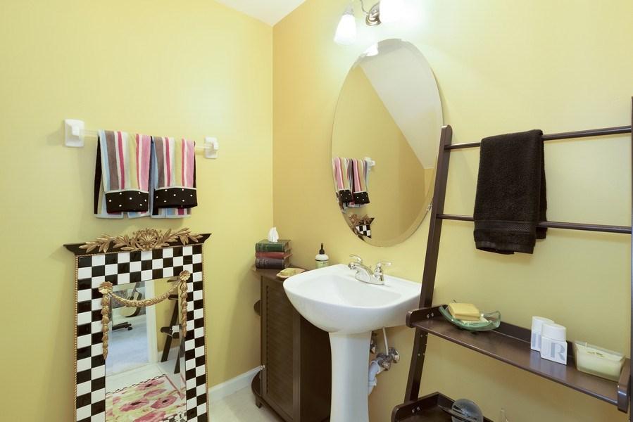 Real Estate Photography - 4331 Corrine Rd, Orlando, FL, 32814 - 2nd Bathroom