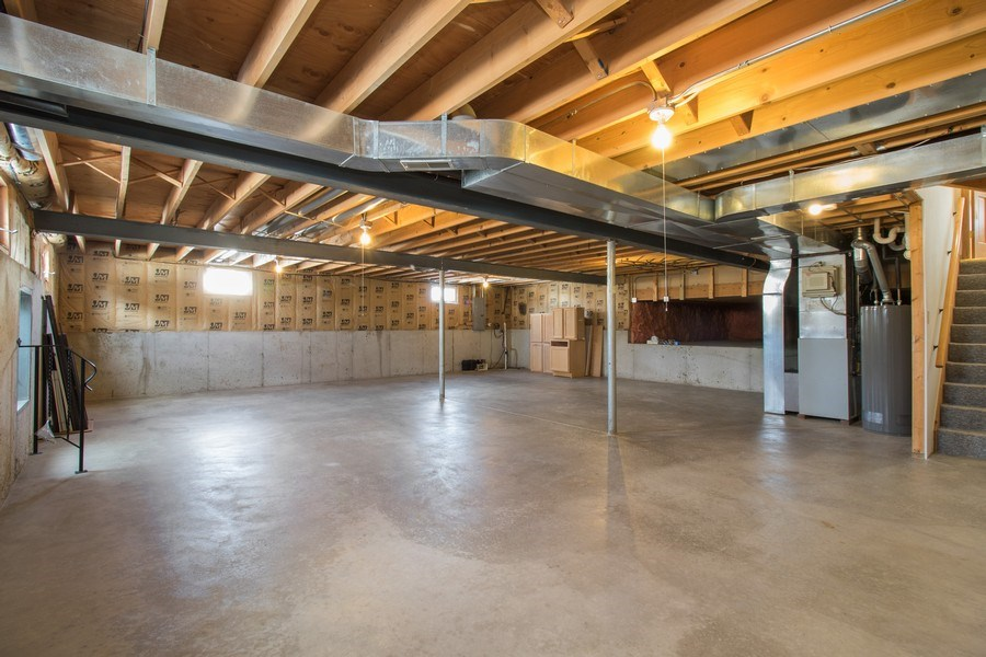 Real Estate Photography - 8200 Cove Ct, Tinley Park, IL, 60487 - Basement