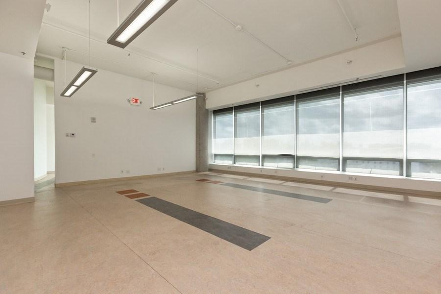 Real Estate Photography - 20900 NE 30 Ave, Suite 910, Aventura, FL, 33180 - Interior office space