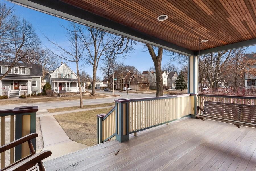 Real Estate Photography - 803 Belleforte Avenue, Oak Park, IL, 60302 - Porch