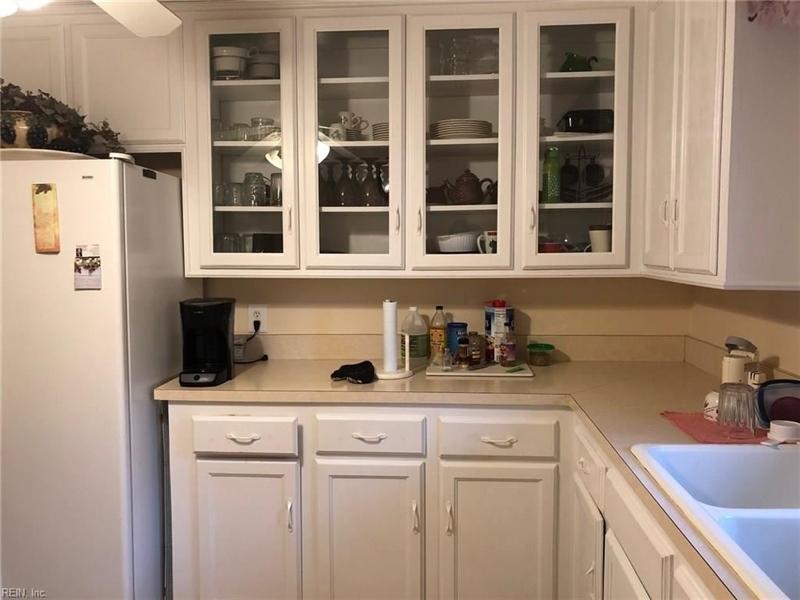 Real Estate Photography - 721 N Great Neck Rd, Virginia Beach, VA, 23454 - Location 5