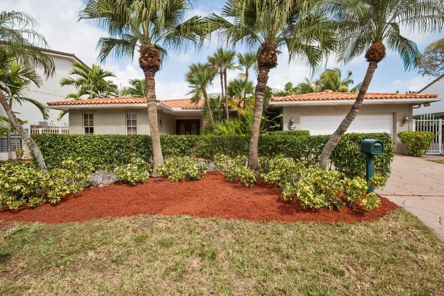 Real Estate Photography - 3447 NE 168th S, North Miami Beach, FL, 33160 - Front View