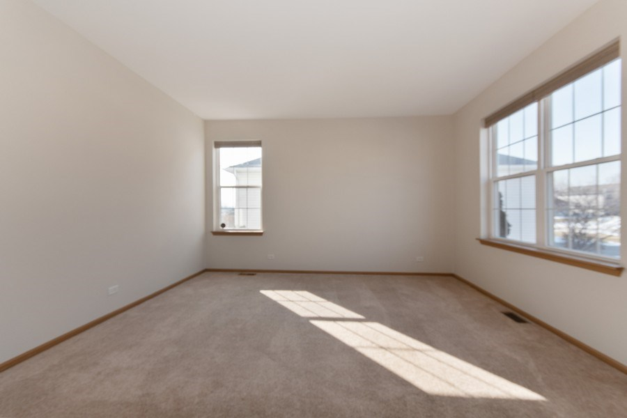 Real Estate Photography - 410 Kensington Dr., Oswego, IL, 60532 - Living Room