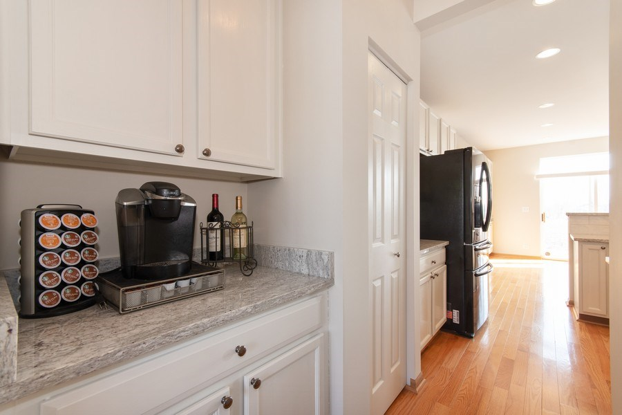 Real Estate Photography - 410 Kensington Dr., Oswego, IL, 60532 - Butler's pantry