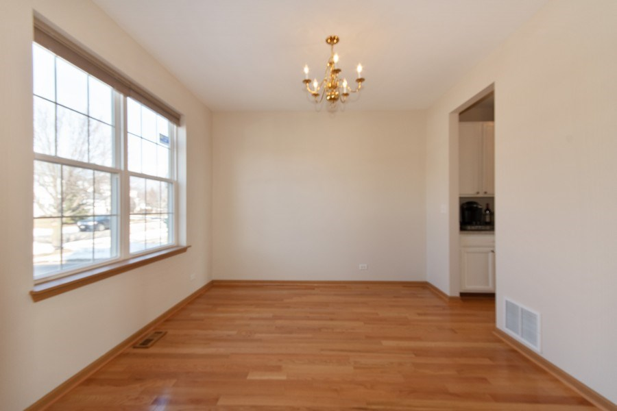 Real Estate Photography - 410 Kensington Dr., Oswego, IL, 60532 - Dining Room