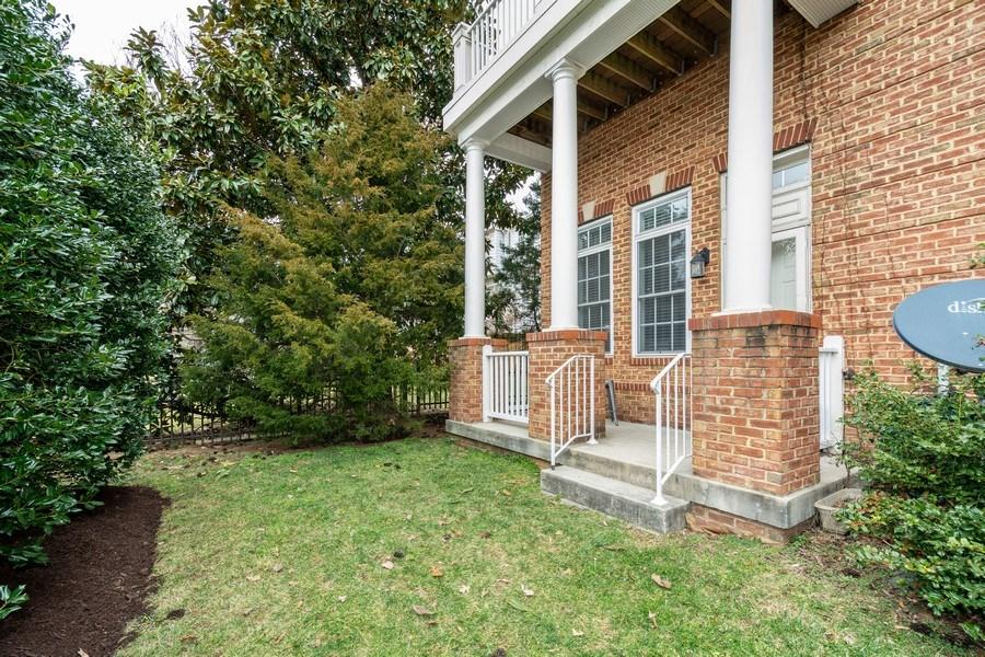Real Estate Photography - 3536 Goddard Way, Alexandria, VA, 22304 - Back Yard