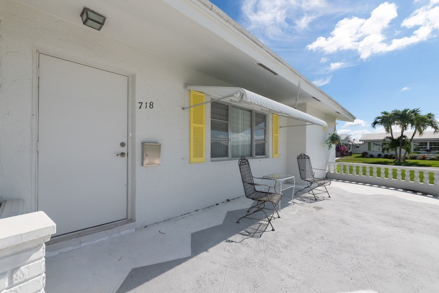 Real Estate Photography - 718 SW 15th St, Boynton, FL, 33426 - Porch