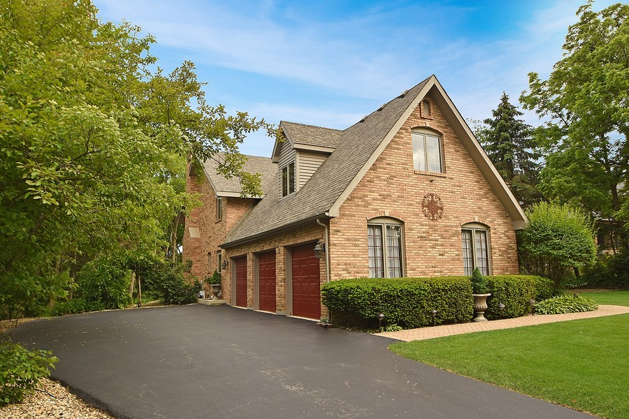 Real Estate Photography - 415 Butternut Trail, Frankfort, IL, 60423 - Garage and Side View