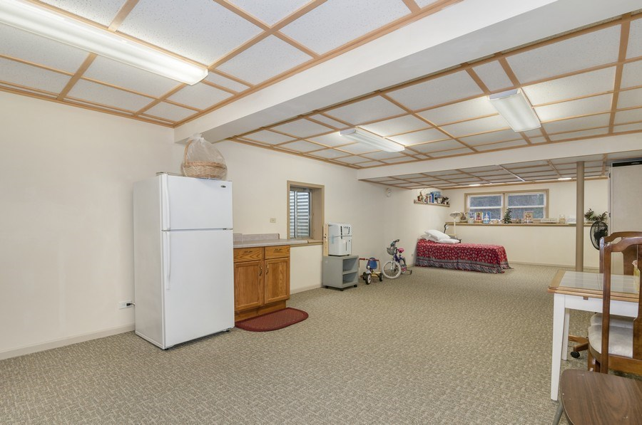 Real Estate Photography - 819 Farm Dr, West Chicago, IL, 60185 - Kids Area