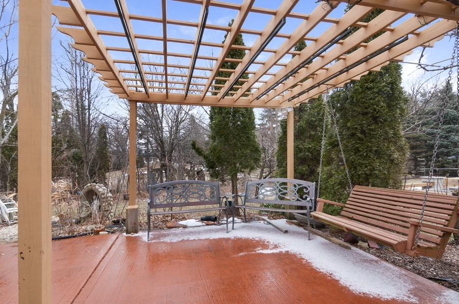 Real Estate Photography - 819 Farm Dr, West Chicago, IL, 60185 - Patio