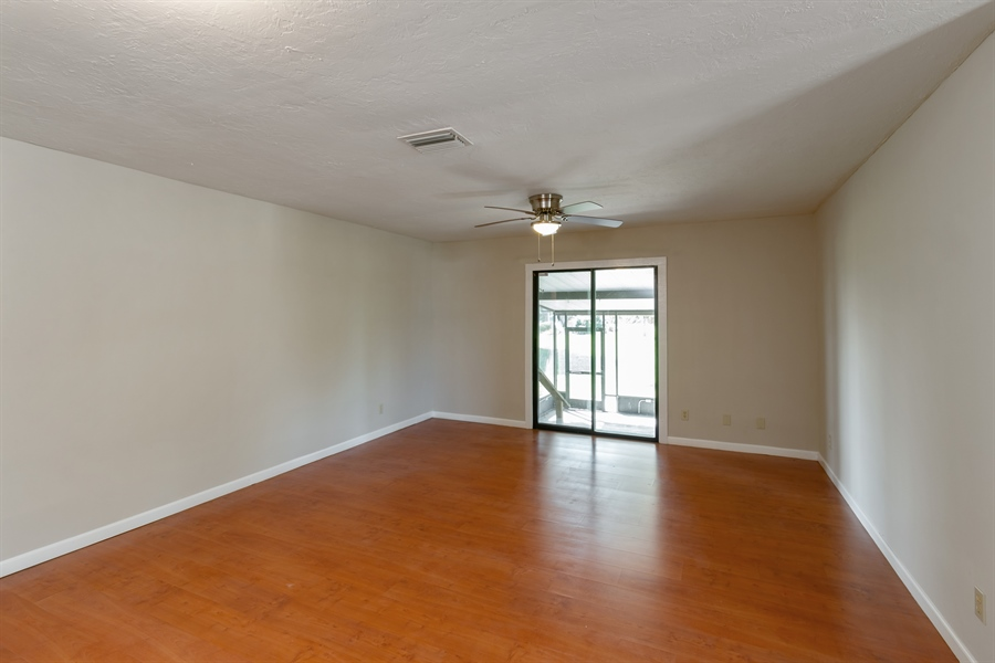 Real Estate Photography - 700 SAGINAW AVE., CLEWISTON, FL, 33440 - Living Room