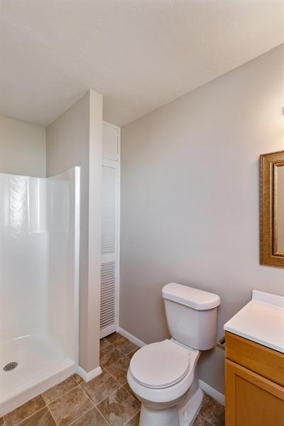 Real Estate Photography - 700 SAGINAW AVE., CLEWISTON, FL, 33440 - Master Bathroom