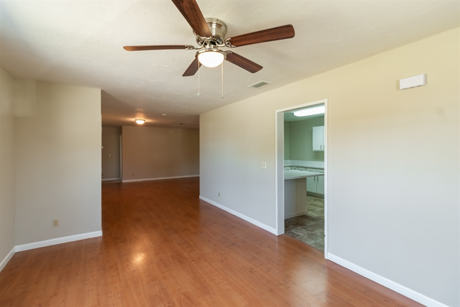 Real Estate Photography - 700 SAGINAW AVE., CLEWISTON, FL, 33440 - Dining Room