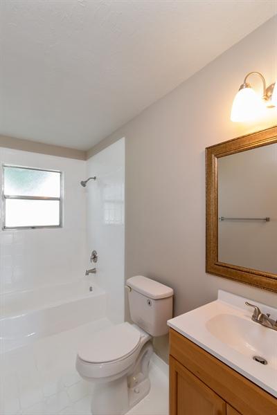 Real Estate Photography - 700 SAGINAW AVE., CLEWISTON, FL, 33440 - Bathroom