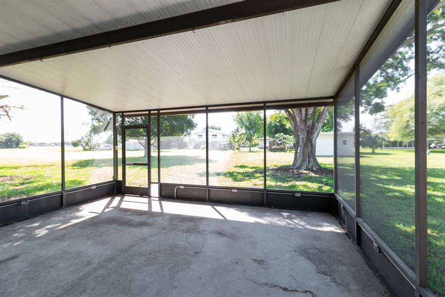 Real Estate Photography - 700 SAGINAW AVE., CLEWISTON, FL, 33440 - Patio