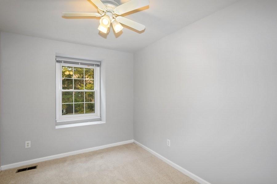 Real Estate Photography - 6929 Lafayette Park Dr, Annandale, VA, 22003 - 2nd Bedroom