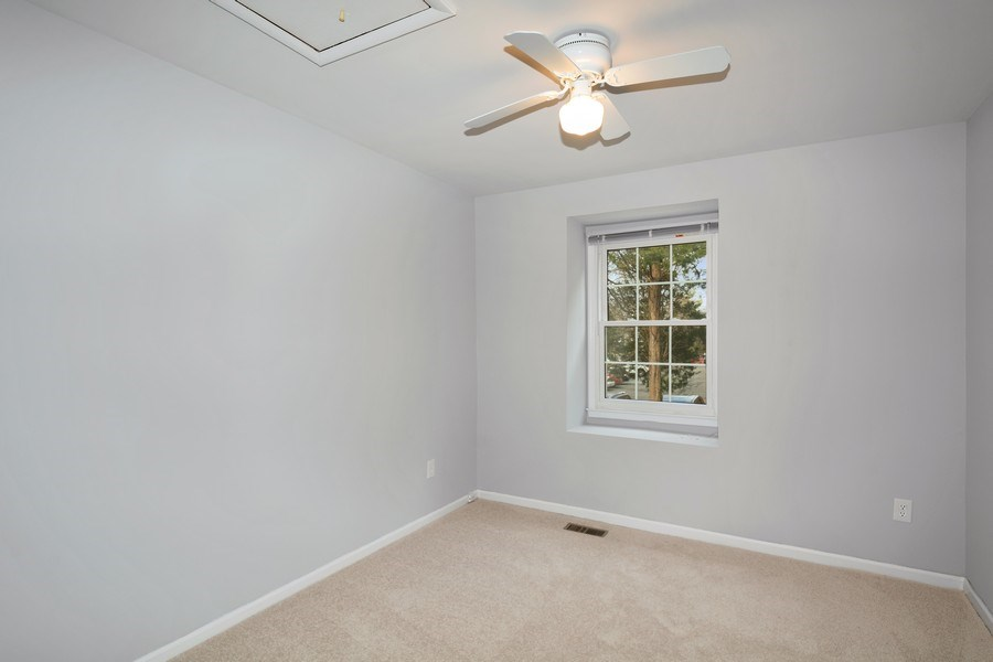 Real Estate Photography - 6929 Lafayette Park Dr, Annandale, VA, 22003 - Bedroom