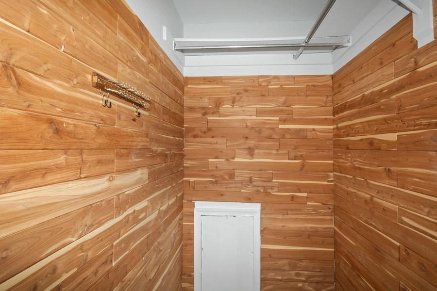 Real Estate Photography - 6929 Lafayette Park Dr, Annandale, VA, 22003 - Master Bedroom Closet