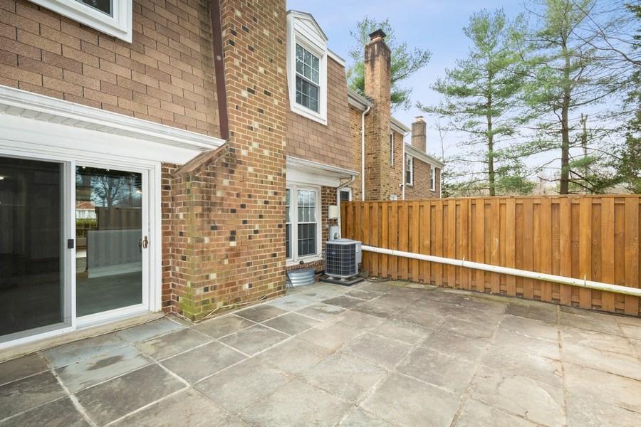 Real Estate Photography - 6929 Lafayette Park Dr, Annandale, VA, 22003 - Patio