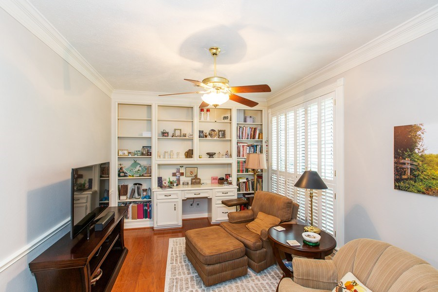 Real Estate Photography - 408 Fieldcreek Dr, Friendswood, TX, 77546 - Extra Room with Closet