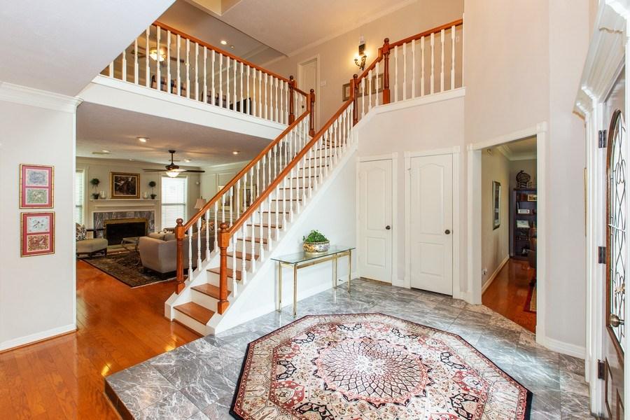 Real Estate Photography - 408 Fieldcreek Dr, Friendswood, TX, 77546 - Entryway