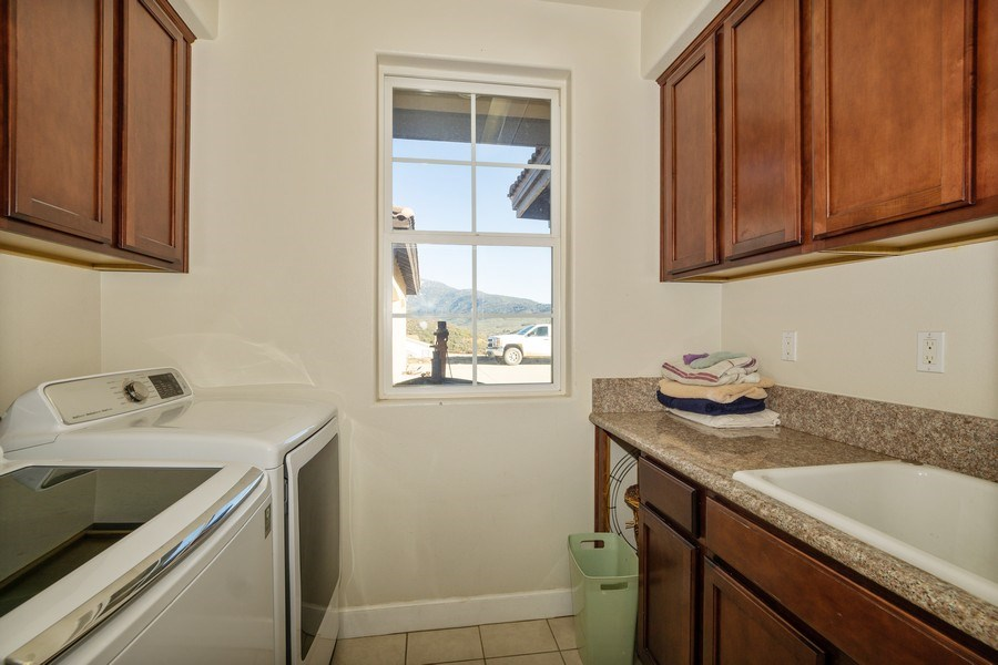 Real Estate Photography - 47298 Twin Pine Rd, Banning, CA, 92220 - Laundry Room