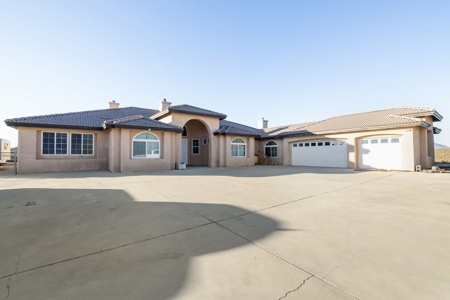 Real Estate Photography - 47298 Twin Pine Rd, Banning, CA, 92220 - Front View